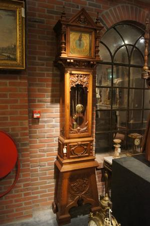 Very exceptional carved grandfather clock, around 1900