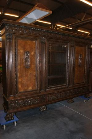 German carved bookcase, early 20th C