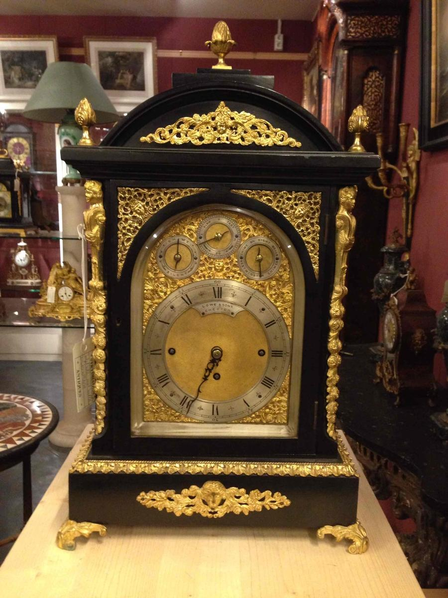 Table clock chimes on 8 bells, 2nd half 19th C