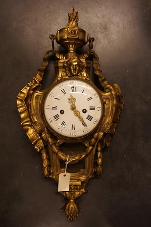 Bronze gilded cartel clock, around 1780