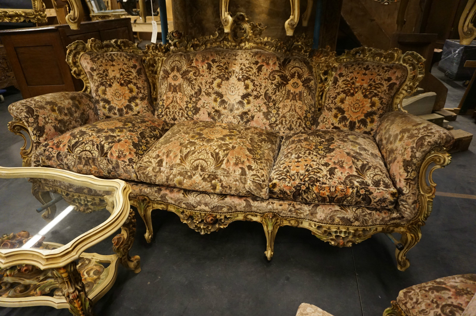 Baroque Style Sofa Baroque Living Room Furniture Foter
