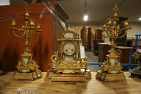 Bronze gilded and alabaster clock set