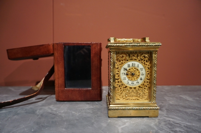 Carriage clock with repeater and chime