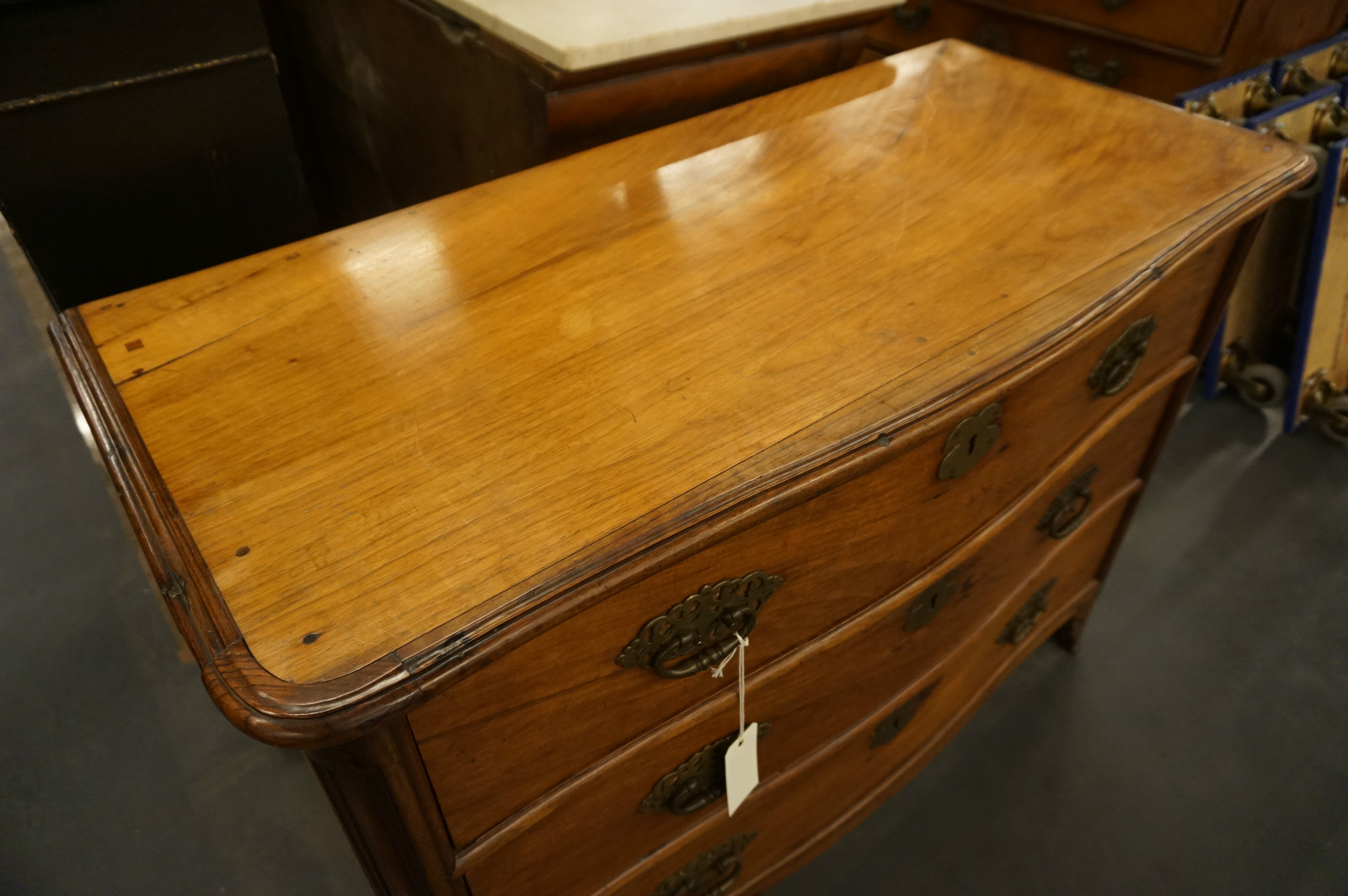 Colonial chest of drawers 18th century 03 commodes 01 furniture strydhagen - Commode style colonial ...