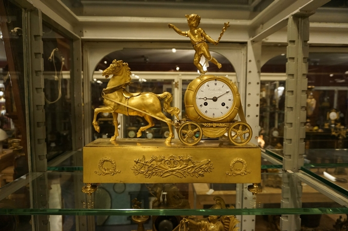 Empire Chariot clock