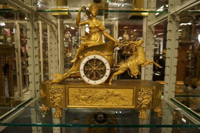Empire Chariot clock with Diana