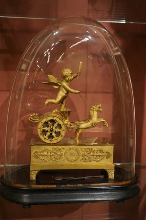 Empire Miniature Chariot clock