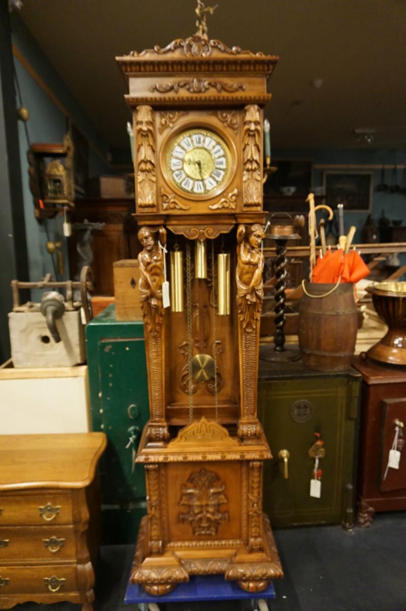 Grandfather Clock In Walnut Italy 2nd Half 20th Century
