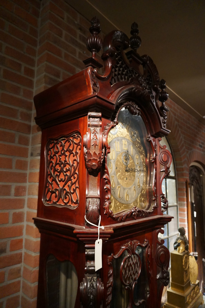 Grandfather clock, chime on 9 pipes, England 19th century