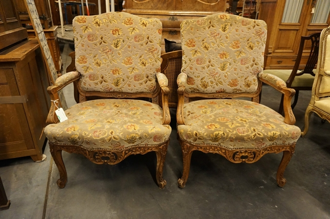 Louis XV Pair of armchairs