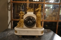 Louis XVI style Clock in gilded bronze and marble, France 18th C