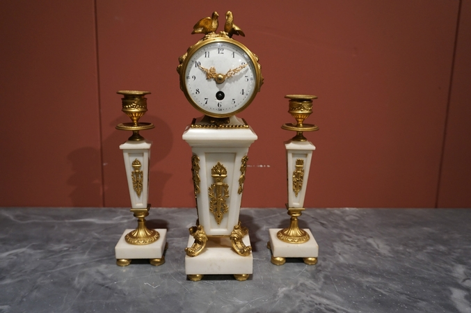 Louis XVI Miniature clock set