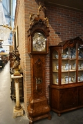 Musical grandfather clock in walnut, Holland around 1750